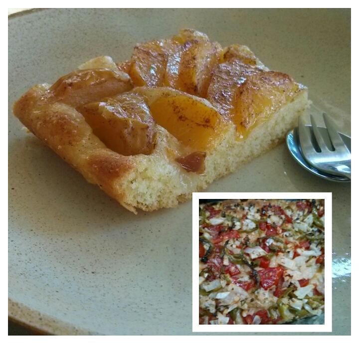Coca de manzana y nectarinas con canela y una delicia salada de verduras frescas para el desayuno en el Hotel Sol de Benicarló.